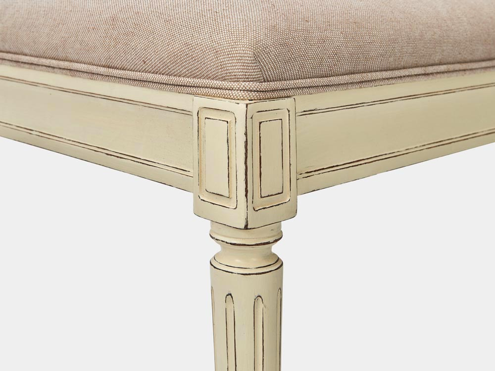 French Accent French provincial Louis XV style bed end bench in solid oak white finish detail leg side