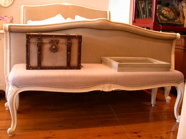 Louis XV Style Bed End Bench in White