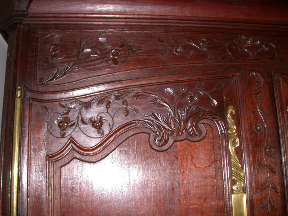 antique-french-provincial-normandy-style-armoire-oak-detail1