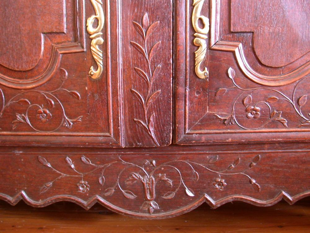 antique-french-provincial-normandy-style-armoire-oak-detail3