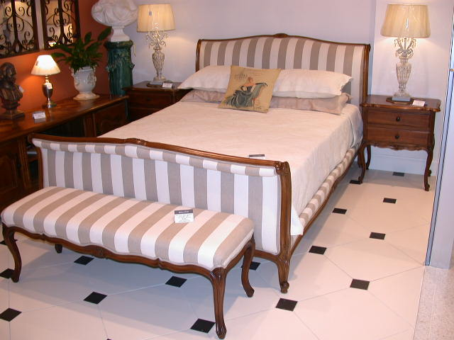 french-provincial-louis-xv-style-queen-size-sleigh-bed-walnut-stripe