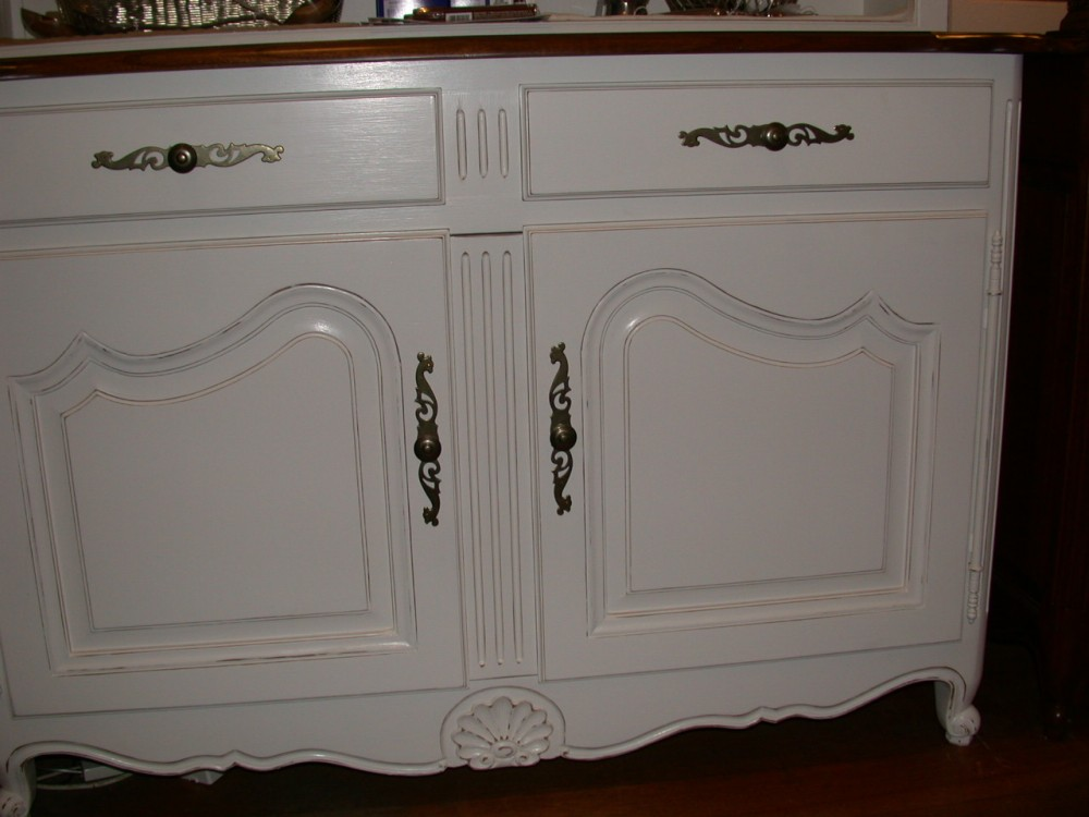 french-provincial-louis-xv-style-2door-hutch-white-base