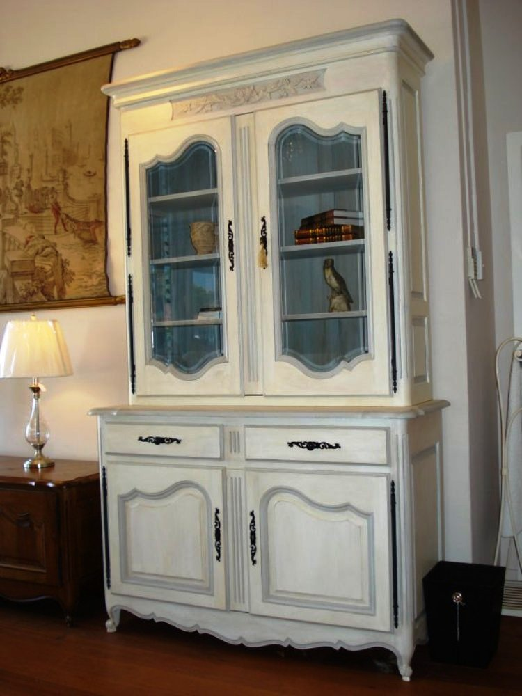 french-provincial-louis-xv-style-2door-bookcase-white-1