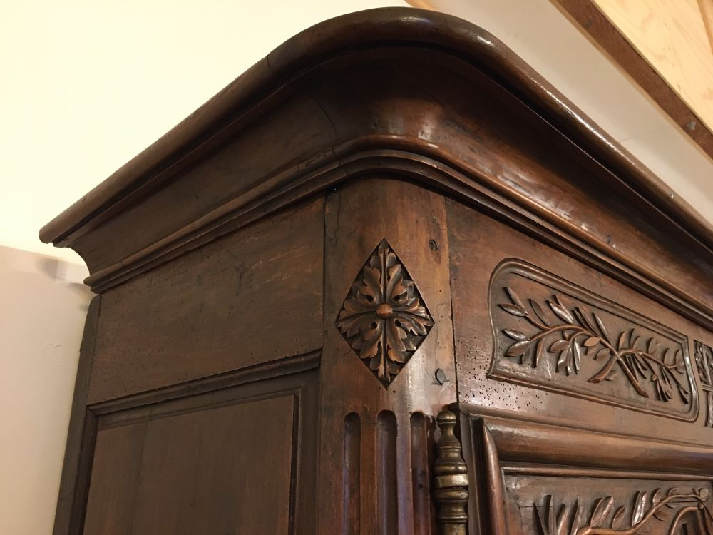 antique-french-armoire-with-crystals1-6