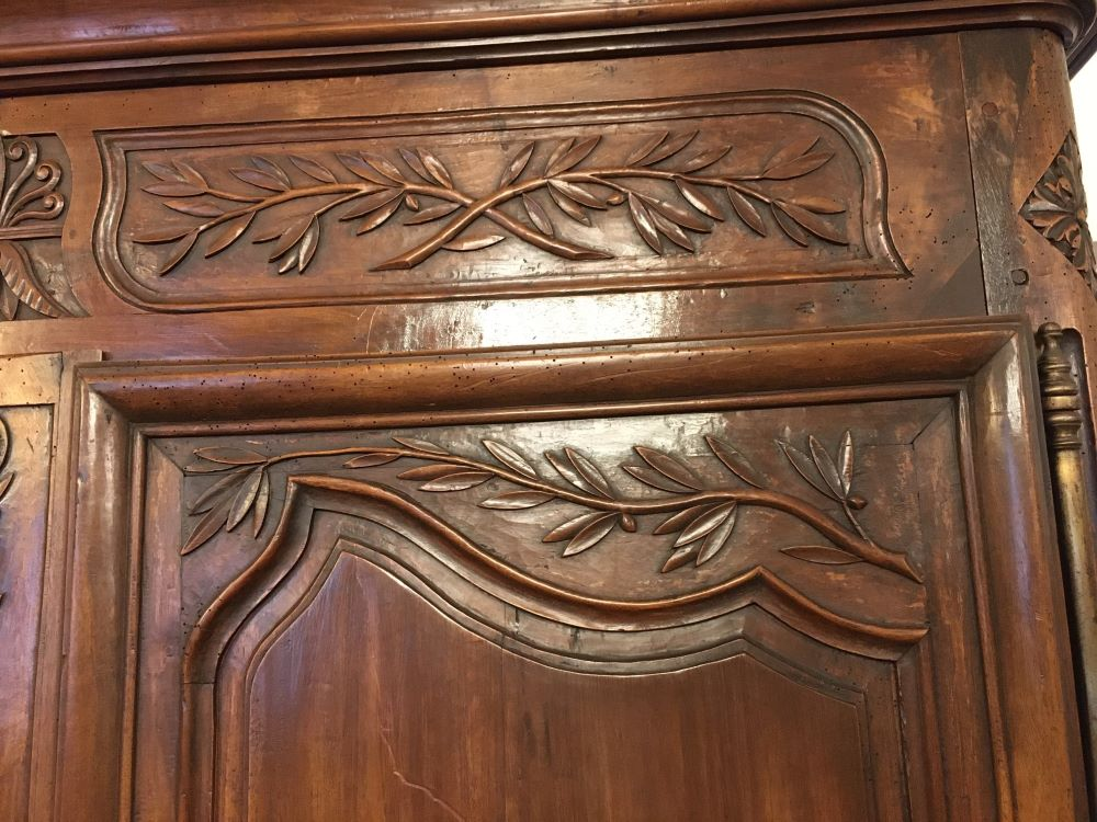 antique-french-armoire-with-crystals1-9