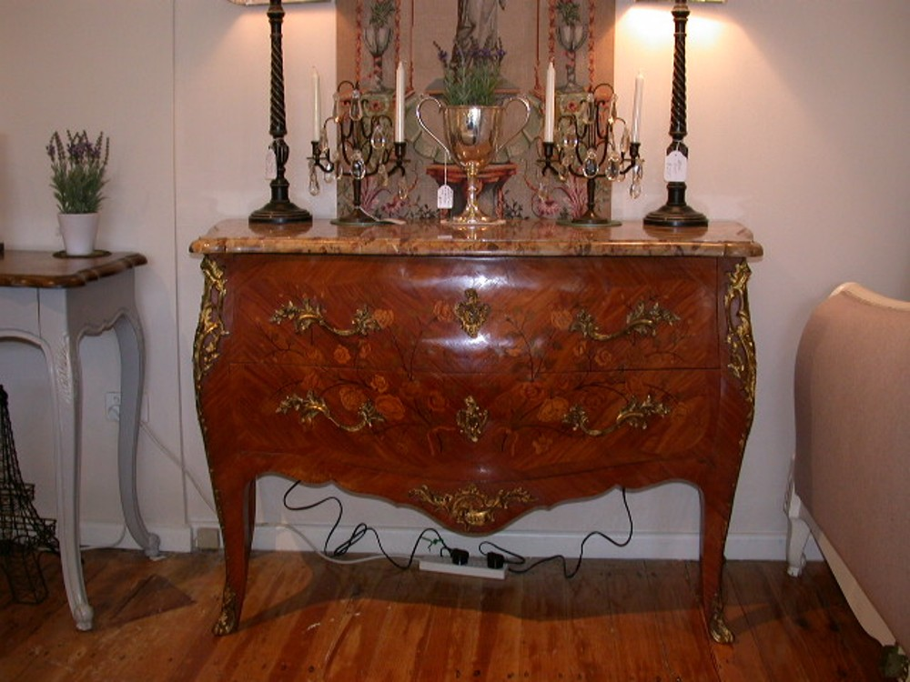 French Accent High Quality French Provincial Furniture